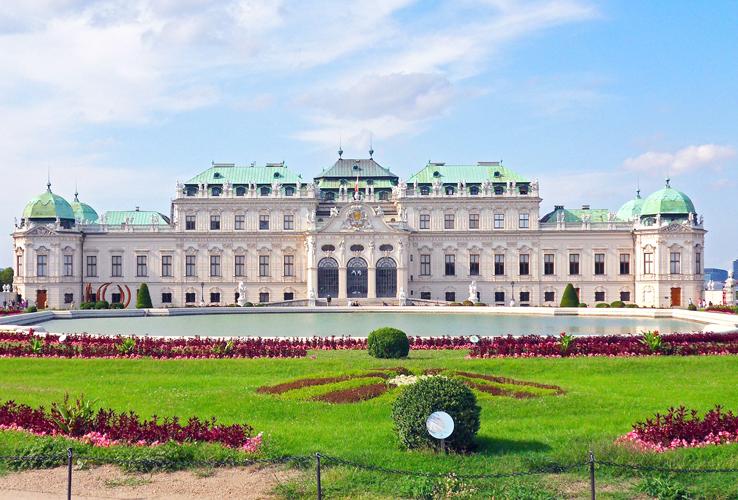 castle-vienna-pixabay